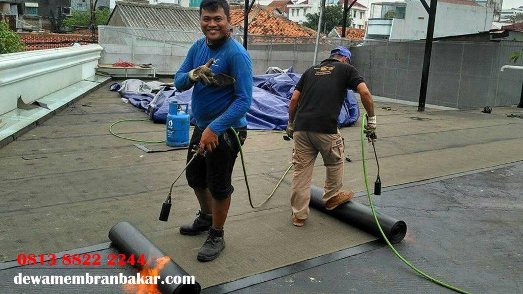 membran aspal waterproofing di Kedungcowek,Surabaya - hubungi kami : 0813 8822 2244